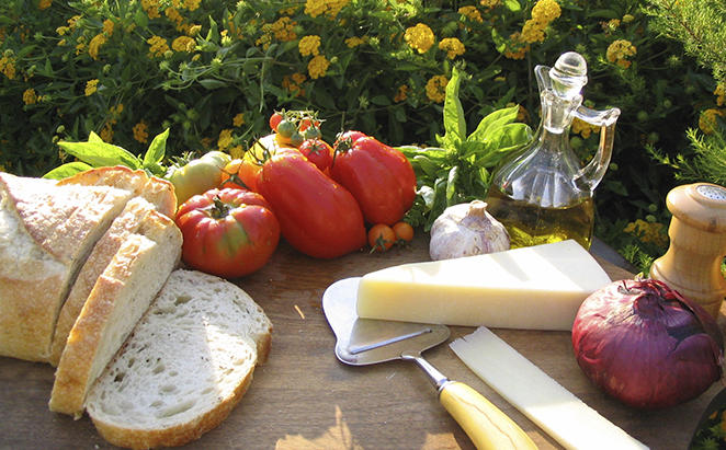 KempinskiAdriatic_Cheese — — Olive — — 油 — — Prosecco
