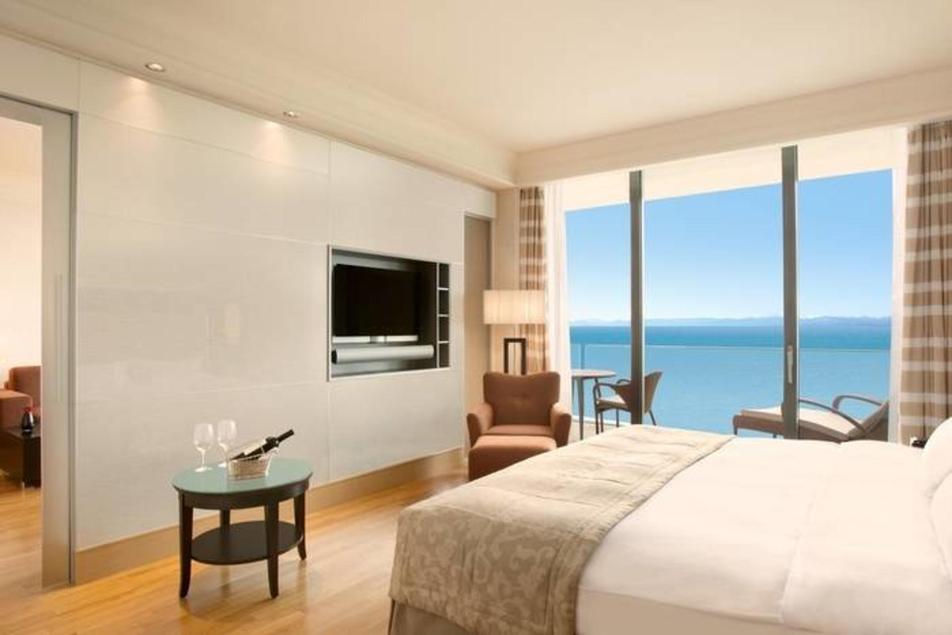 KempinskiAdriatic_Executive-Suite-Sea-View