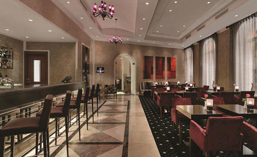 KI _ Hotel _ Cathedral _ Square _ Le _ Salon _ Bar _ and _ Lounge
