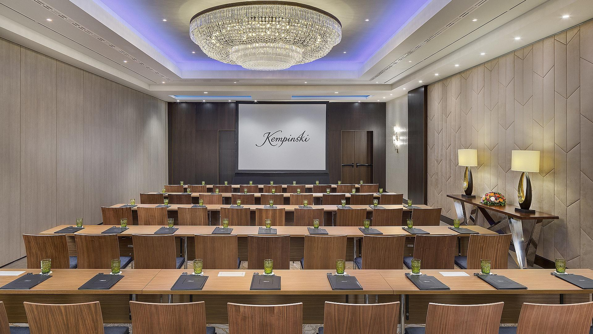 Room Three | Meeting Venue Kempinski Hotel Budapest