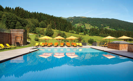 4_KI_Hotel-Das-Tirol _ Pool _ Summer