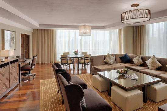 Kempinski-Hotel-Gold-Coast-City _ Executive-Corner-Suite