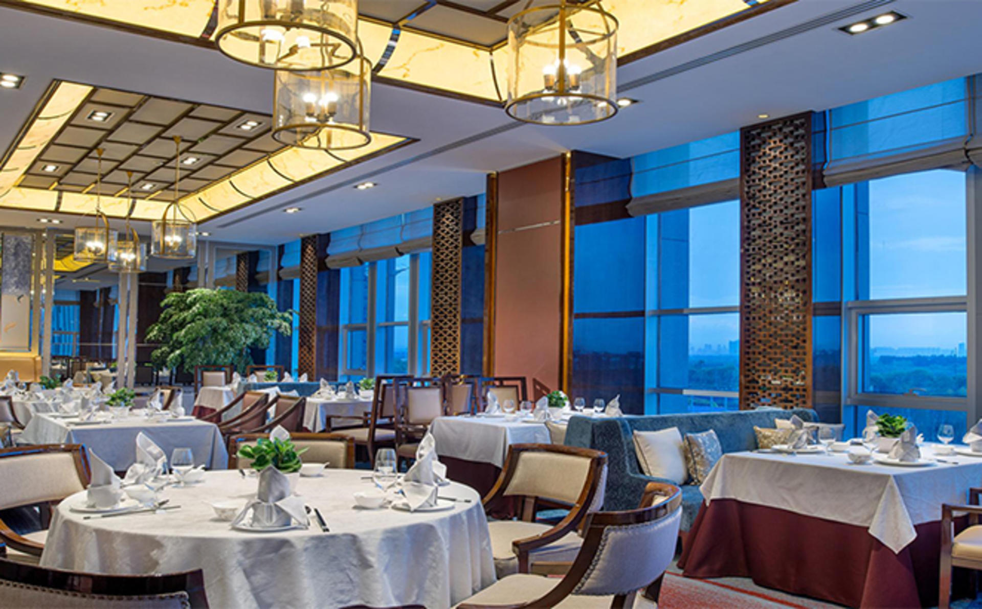 Kempinski-Hotel-Harbin_Dinner-for-one