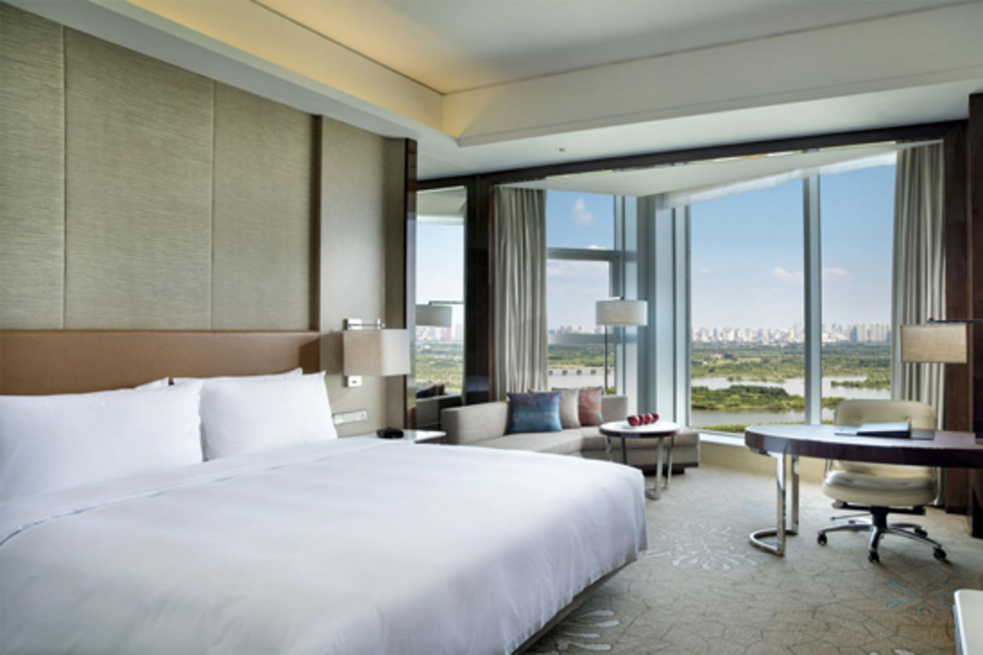 Kempinski_Harbin_Executive_River_View