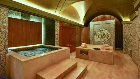 KI_Hotel_Ishtar_Spa-by-resense