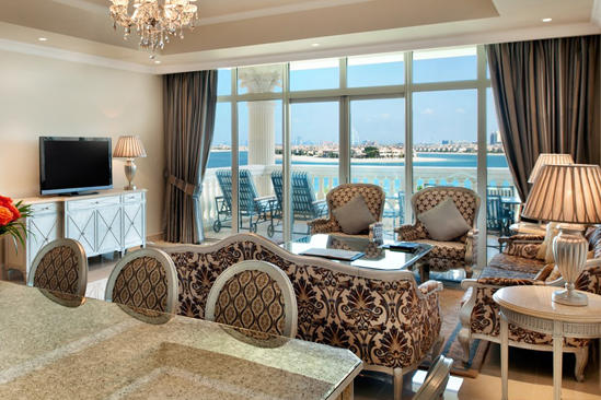Kempinski-Hotel-Residences-Palm-Jumeirah-4-bedroom-penthouse-living-room