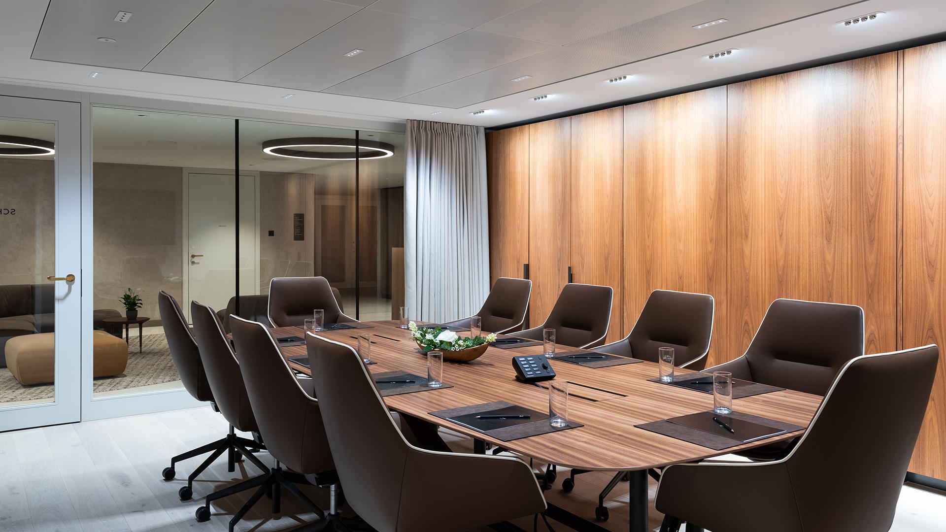 KIBOX1_events_meeting_room_Schubert