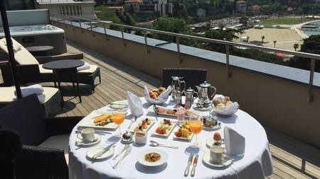 Local experience: Spoil yourself with breakfast in the room at Kempinski Palace Portoroz