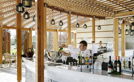 KI_Hotel_The_Dome_Palm_Pavillion_Bar_ 与 _Grill