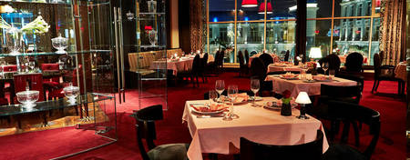 KI-Royal-Maxim_5-Course-Dinner-Romanov-Restaurant