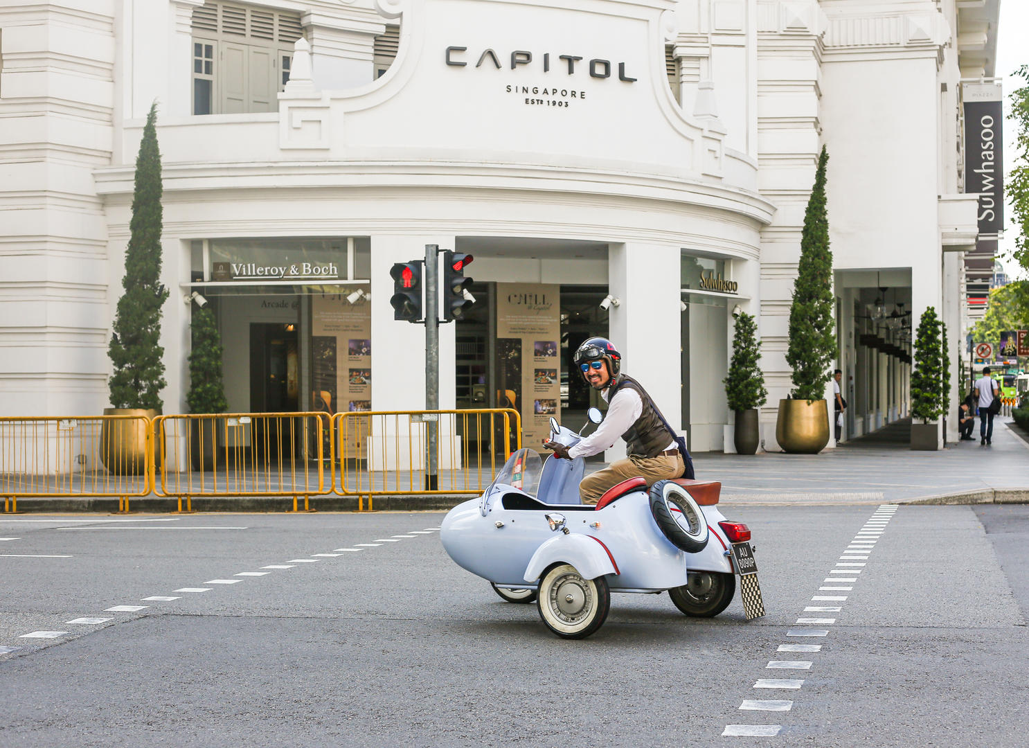 Vintage Sidecar Tour Local Experience by The Capitol Kempinski Hotel Singapore