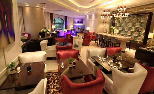 KI_The_One_Excutive_Suites_Shanghai_Ieins_Bistro_ 与 _Lounge