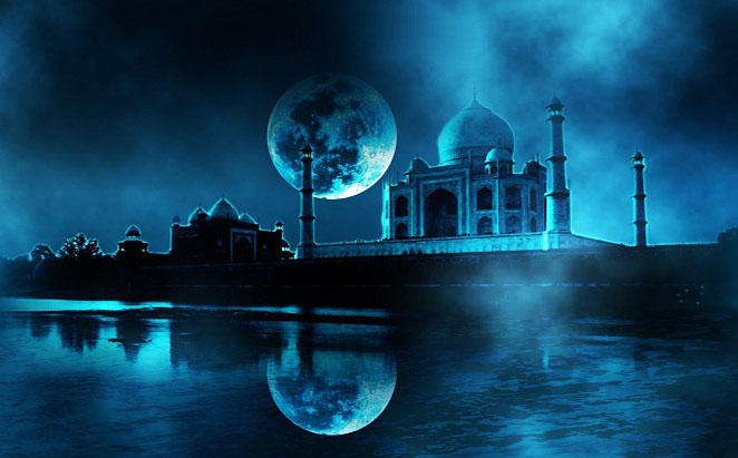 Moonlight tour of Taj Mahal in Audi A8