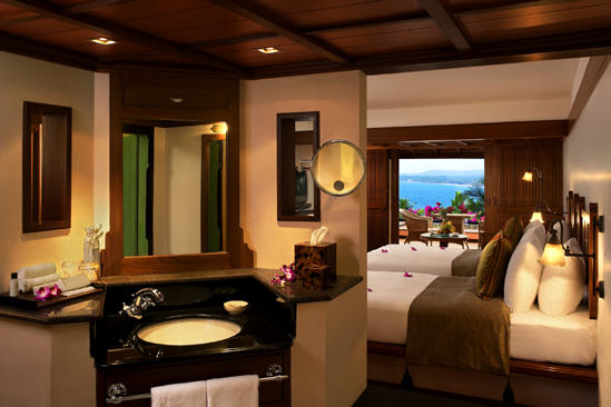 Leela_Kerala_beach_view_room