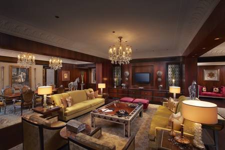 Maharaja Suite - Living Room