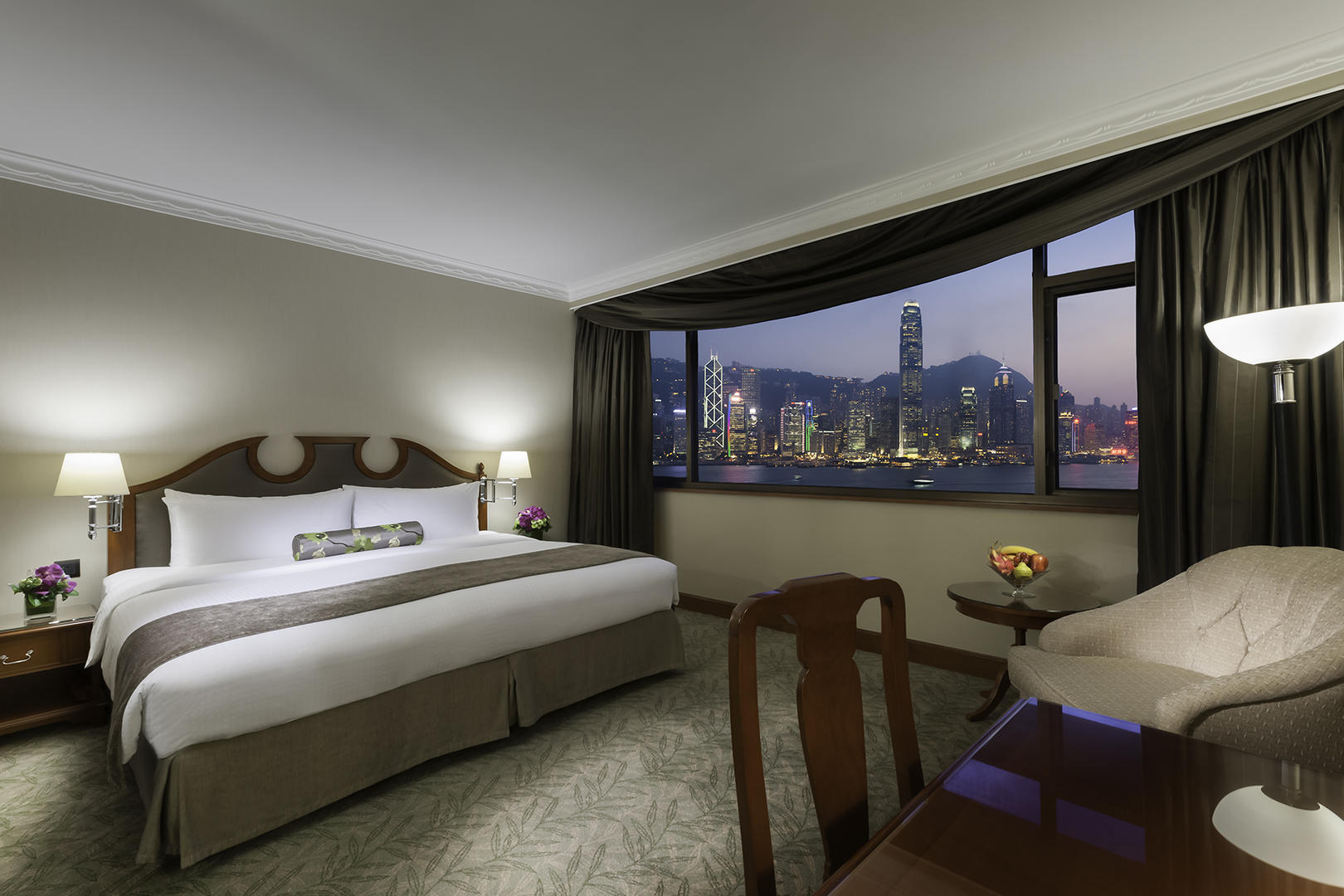 Marco_Polo_Hongkong_Continental_Harbour_View_Twin