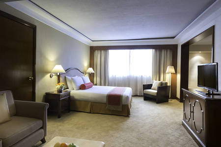Marco_Polo_Plaza_Cebu_Deluxe_Suite_King
