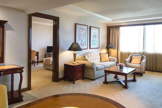 Marco_Polo_Plaza_Cebu_Pemiere_Suite_Room