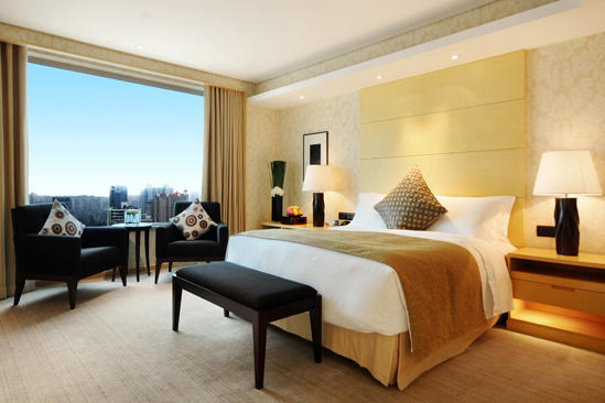 Marco _ Polo _ Wuhan _ Continental _ Deluxe _ Suite _ King _ Bett