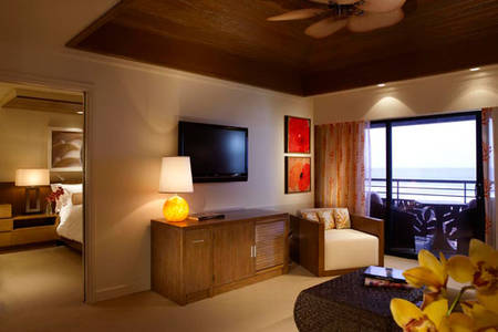 MerHerzlich _ KoaKeaHotel _ Ocean _ Front _ One _ Bedroom _ Suite
