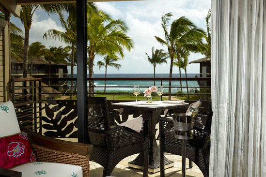 Meritage_KoaKeaHotel_Ocean_View_King_Room