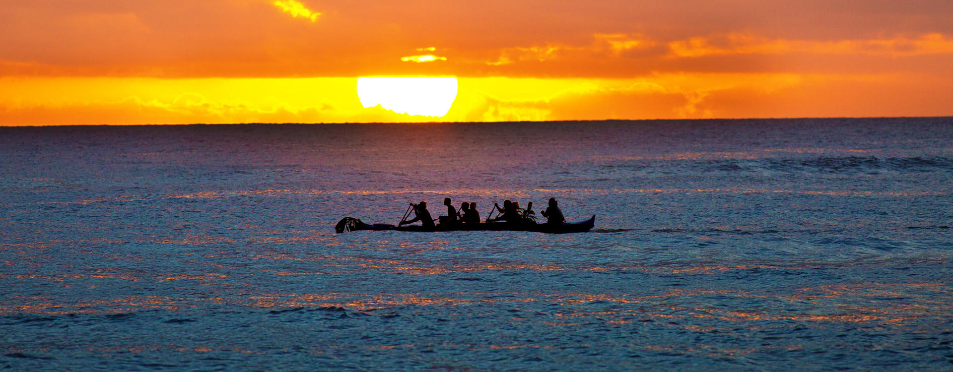 MC-Ko'a-Kea_Outrigger-Canoe-Expedition