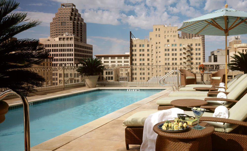 Mokara_Hotel_ 与 _Spa_Rooftop_Pool