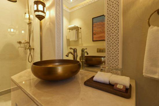 Al Badayer Retreat - Deluxe Room Bathroom