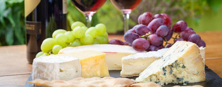 OA-Brisbane-Aurora_Cheese-Platter-with-Wine