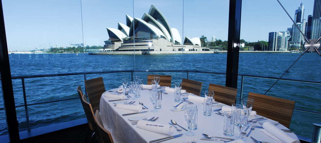 Sydney Harbour Premium Dinner Cruise with Drinks
