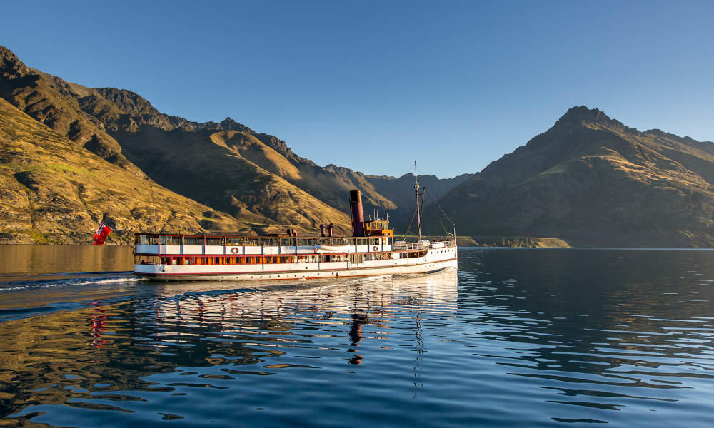 TSS Earnslaw Cruise and Walter Peak Farm Excursions