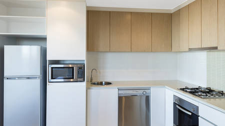 Oaks_iStayPrecinct_Kitchen
