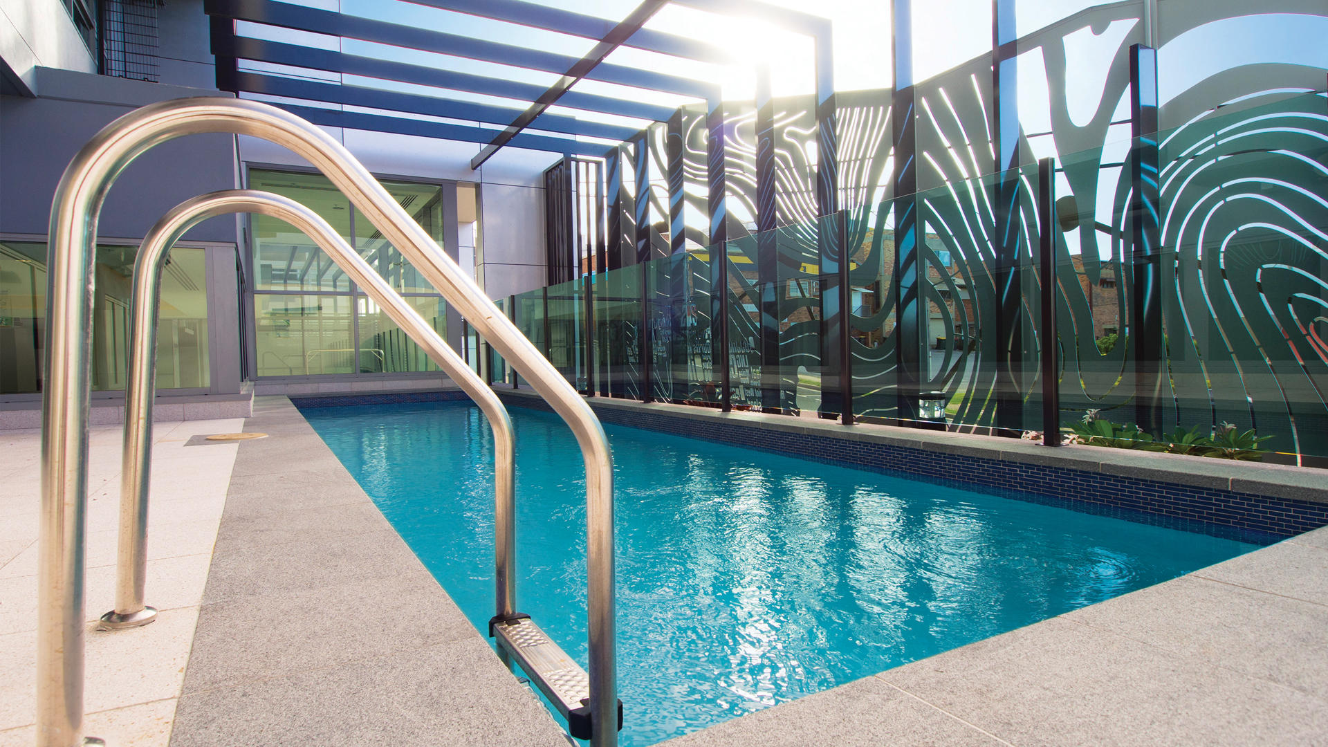OaksGrandGladstone_Pool