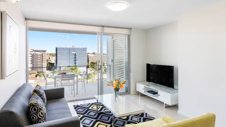 Oaks_Woolloongabba_1 Bedroom_Living