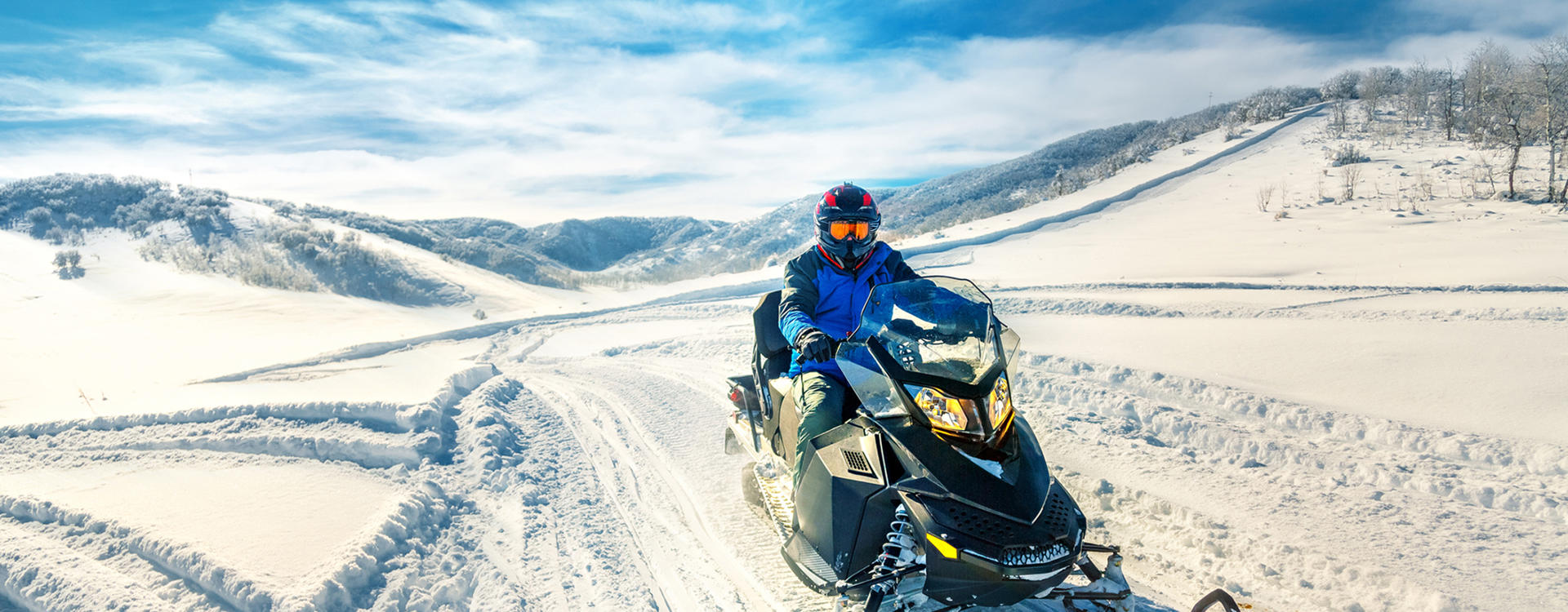 OM-Mount-Washington_Snowmobiling