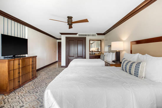 Omni_Rancho_Las_Palmas_Resort_Pool_Side_Second_Level_Room_2_Queen_Beds
