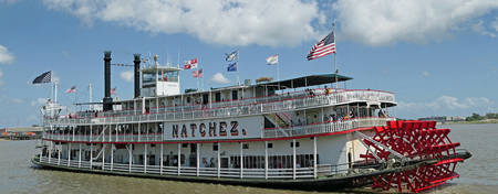 OM-Royal-Orleans_Steamboat-Natchez-Harbor-Jazz-Sightseeing-Cruise