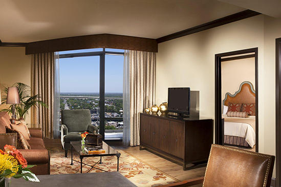 Omni_Austin_Classic_Executive_One_Bed_Suite_Queen