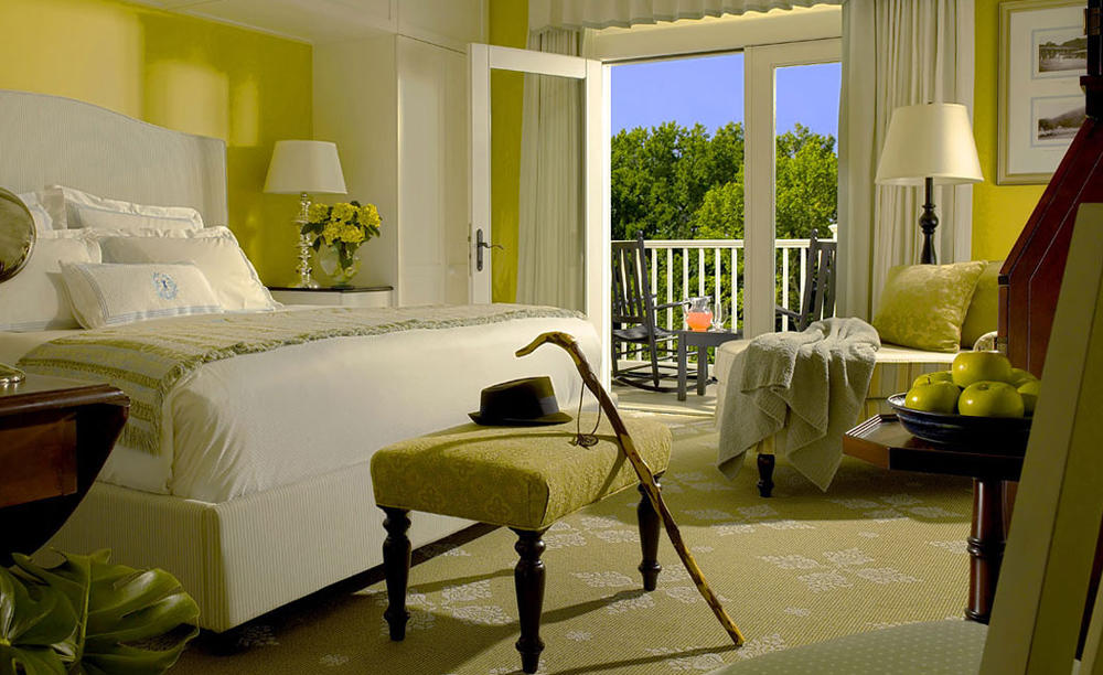 Omni _ Bedford _ Springs _ Resort _ Guest _ Room _ Dining