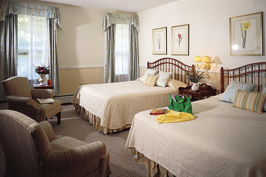 Omni_Bretton_Family_Room_With_Queen_Beds