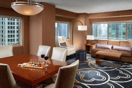 OM-Chicago _ Executive-Suite