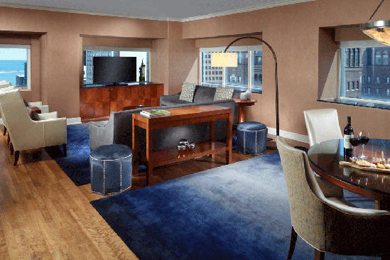 OM-Chicago _ Presidential-Suite