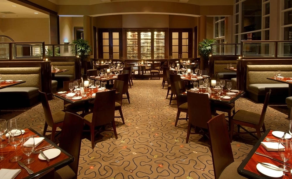 Omni_Dallas_Hotel_at_Park_West_Dover's_Grille
