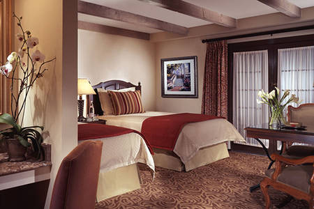 Omni_La_Mansion_Classic_Deluxe_Room_Double_Beds