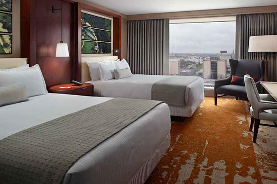 OM_Louisville_Premier-Room-2-Queen-Beds