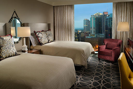 Omni_Nashville_Premier_Room_Queen_Beds