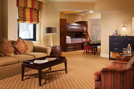 Omni_Parker_Multi-Room_Family_Suite
