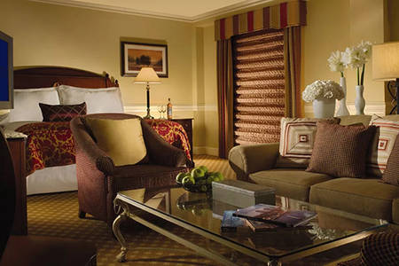 Omni _ Parker _ Stately _ Executive _ Room _ King _ Bed