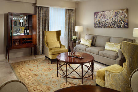 OM_Royal_Orleans_Pontchartrain Suite
