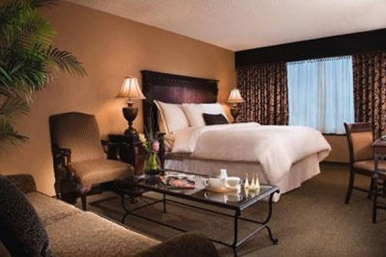 Omni_San_Antonio_Classic_Accessible_Deluxe_2_Queen_Beds